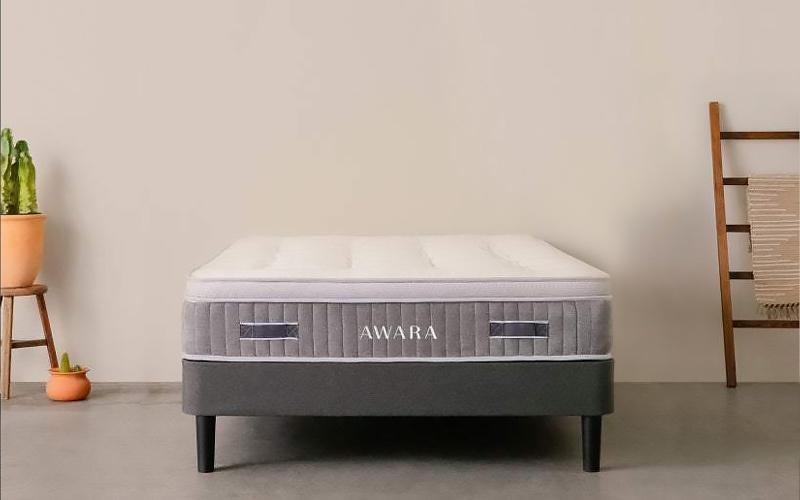 awara organic luxury hybrid best mattress for stomach sleepers